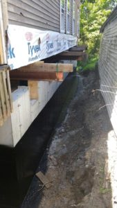 Insulating Underground Heating Pipes With Spray Foam In